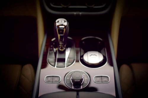 Blog / bentley bentayga interior 4
