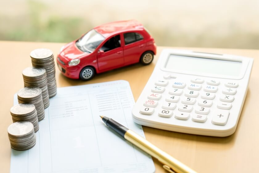 car calculator and money
