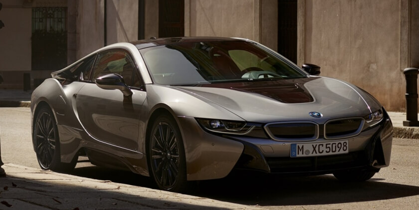 BMW i8 coupe front angle