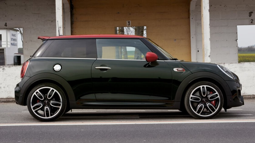 mini jcw side profile