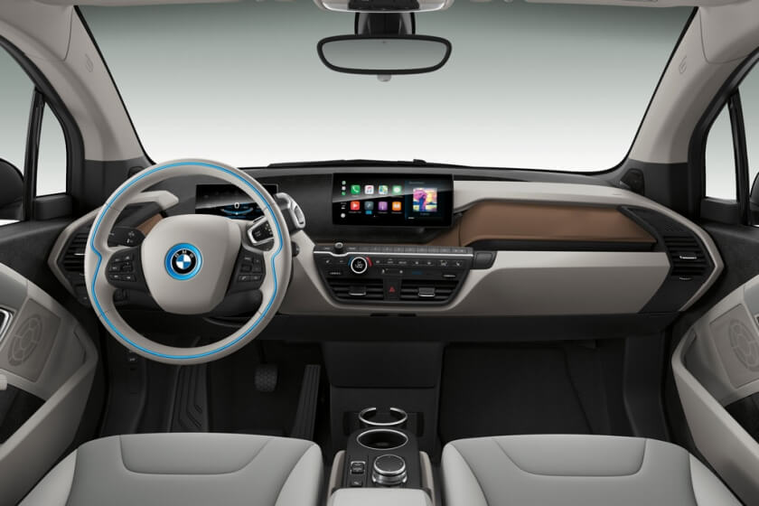 new-bmwi3-120ah-interior-and-technology.jpg